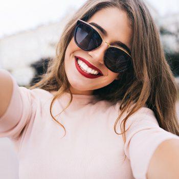 poupar óculos de sol