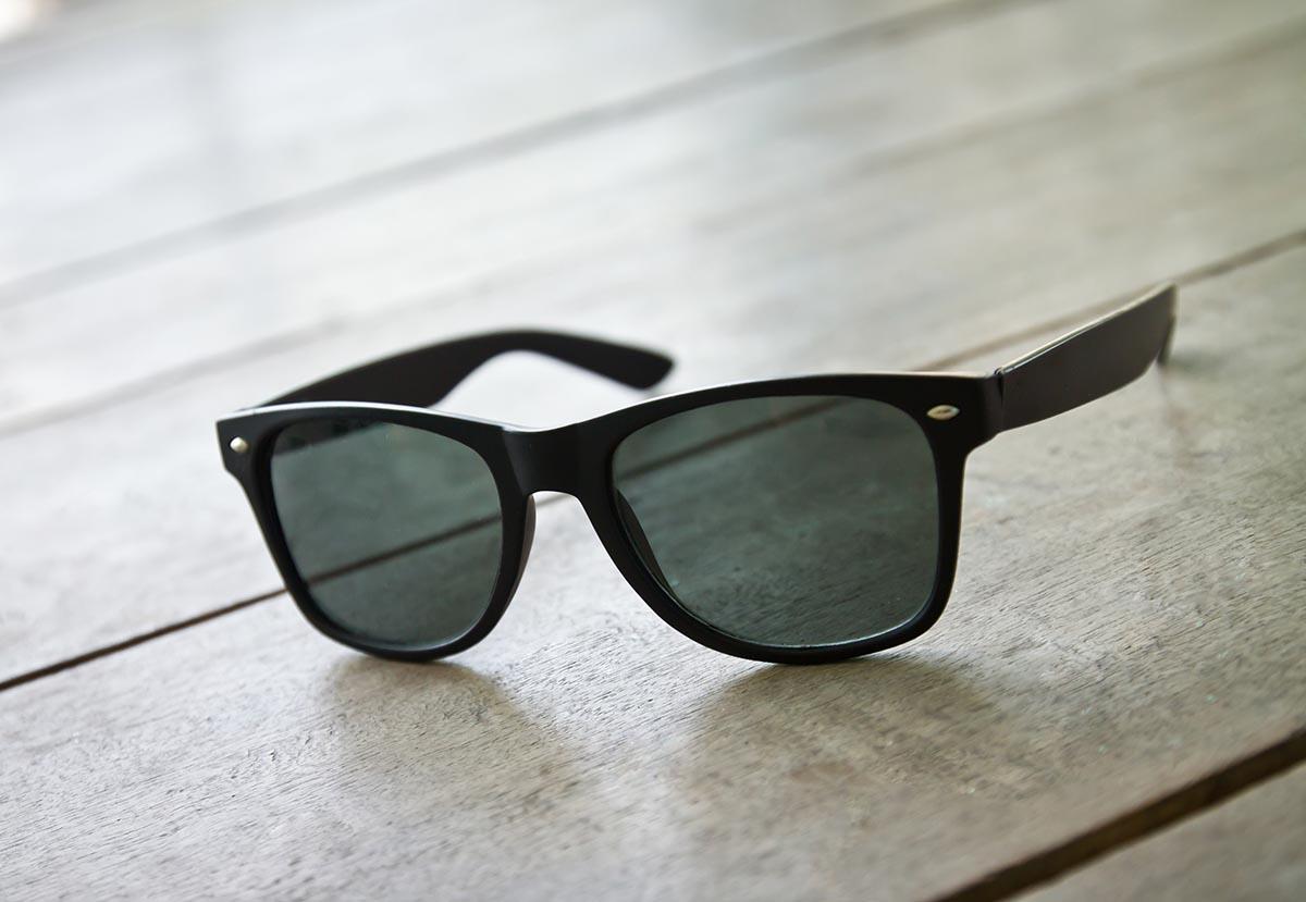 6297f4b30 ATENÇÃO AOS ÓCULOS DE SOL FALSIFICADOS - Opticenter - Óculos ao Preço Certo!